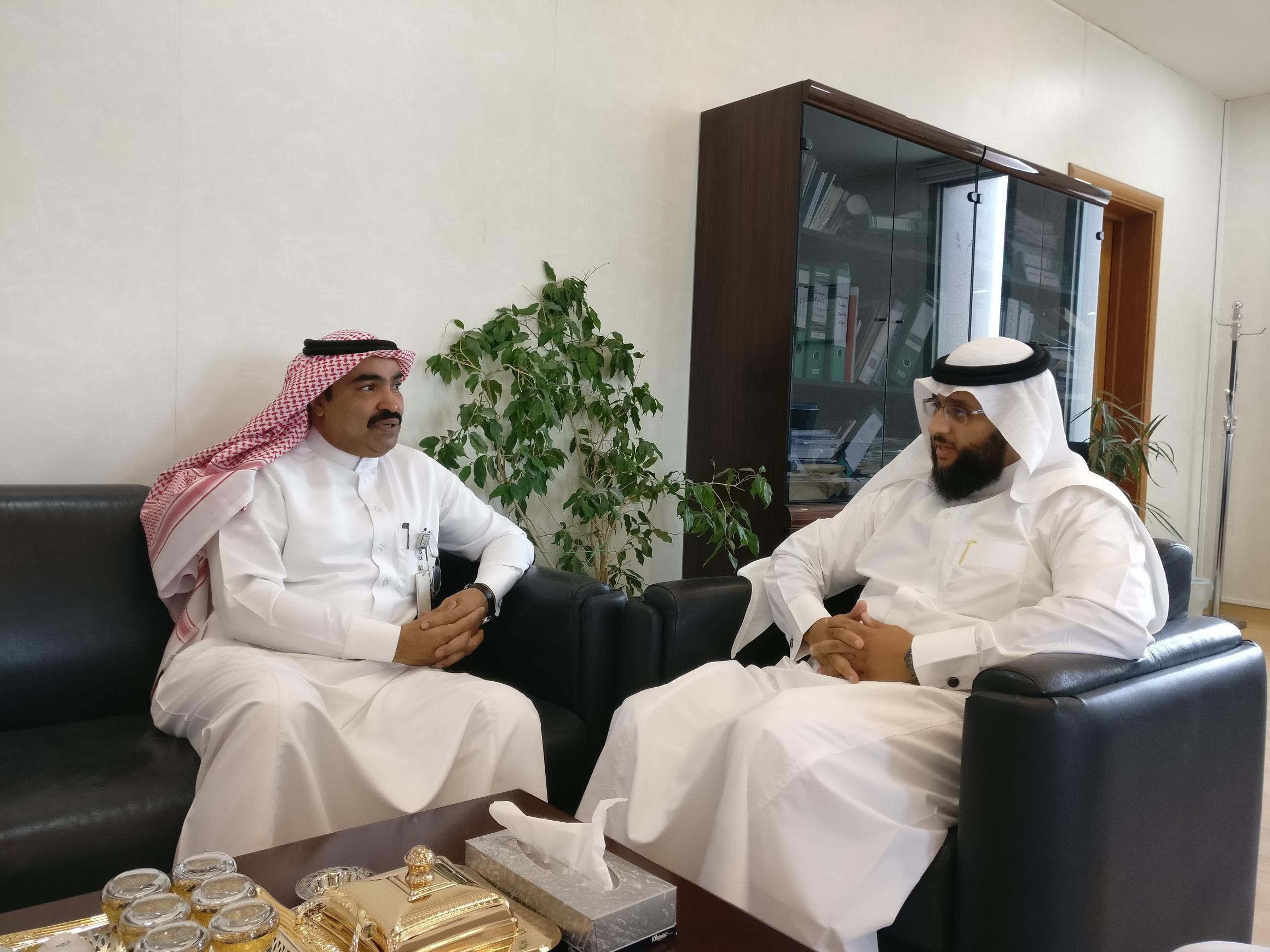 الأخبار اجتماع بين الصحة وجامعة الملك فيصل لمناقشة